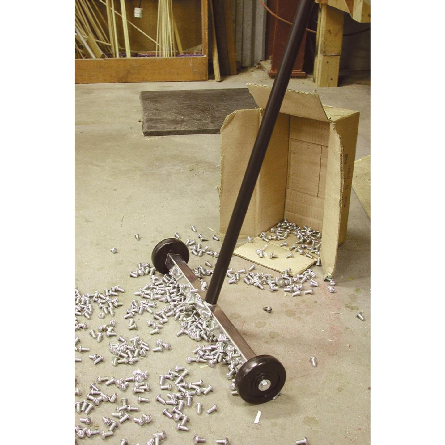 Master Magnetics 32 in. 14.5 in. Magnetic Floor Sweeper Image 2